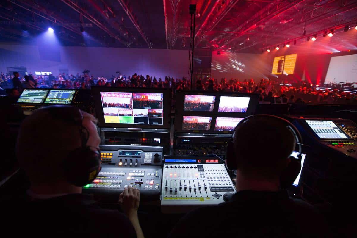 transmisje na żywo Warszawa