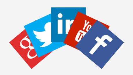 social-media w live streaming
