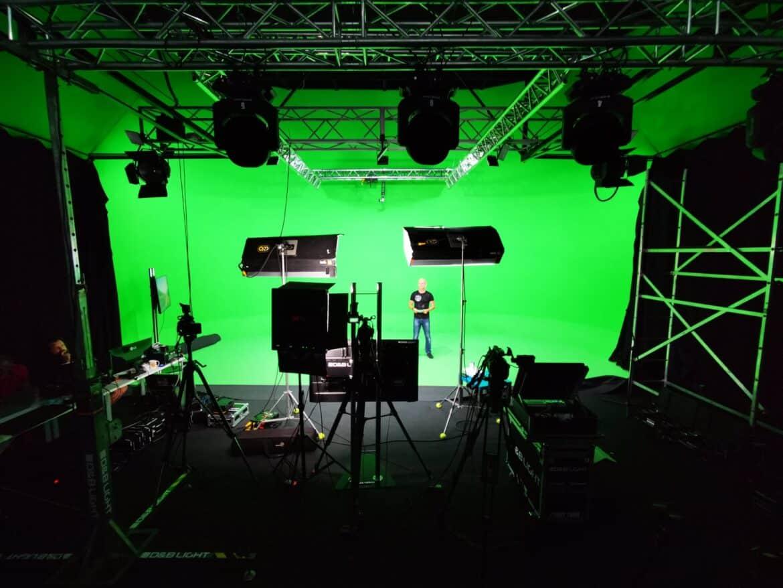 Transmisje na żywo studio wirtualne